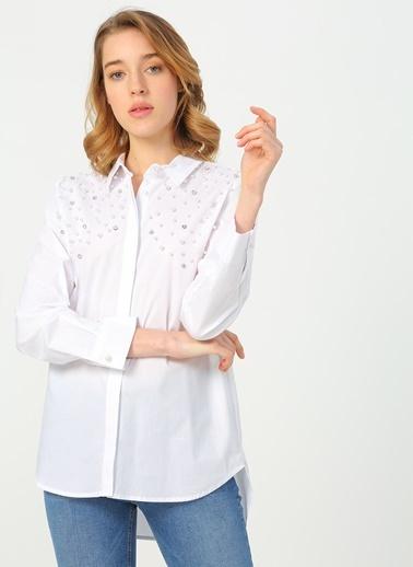 Quzu Gömlek Beyaz